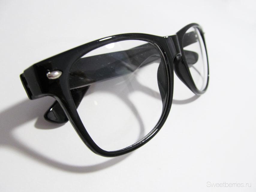 Очки модные